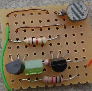 Pleasant Building A Circuit On A Breadboard Buildcircuit Electronics Wiring Cloud Hisonuggs Outletorg