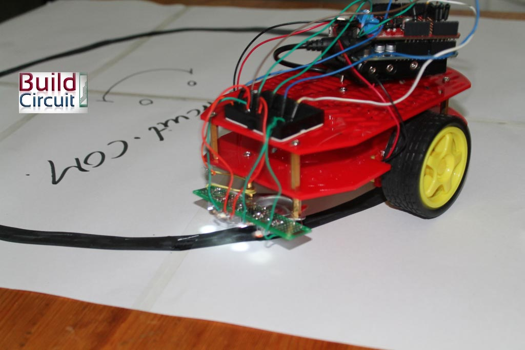 Maze Solving Robot Underside Floor Sensors as well Sumo Robot Software Design Robot Electrical Design Pcb Robot Chassis Design moreover Cdbe Ce F B also atomoreilly sourceoreillyimages furthermore P. on line following robot circuit
